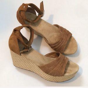 Ugg Australia Women's Leanne Wedge Sandals Size 9